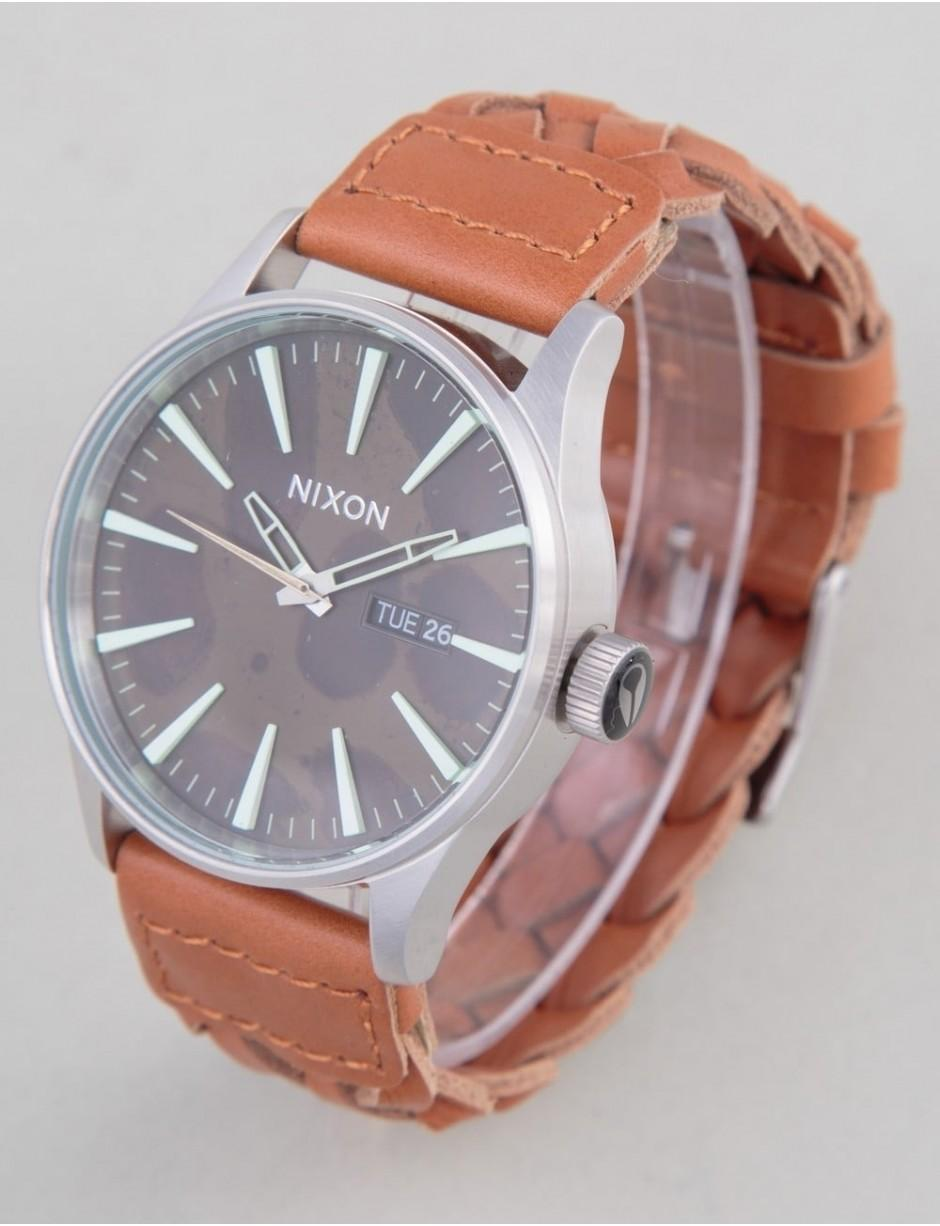 Nixon Watches Men S Brown Sentry Leather Watch