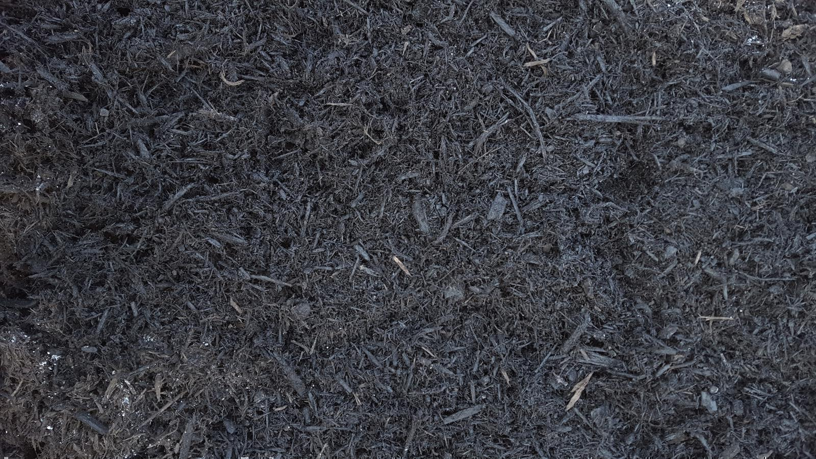 Black Bark Mulch Landscaping Material Dyed Black Bark Mulch
