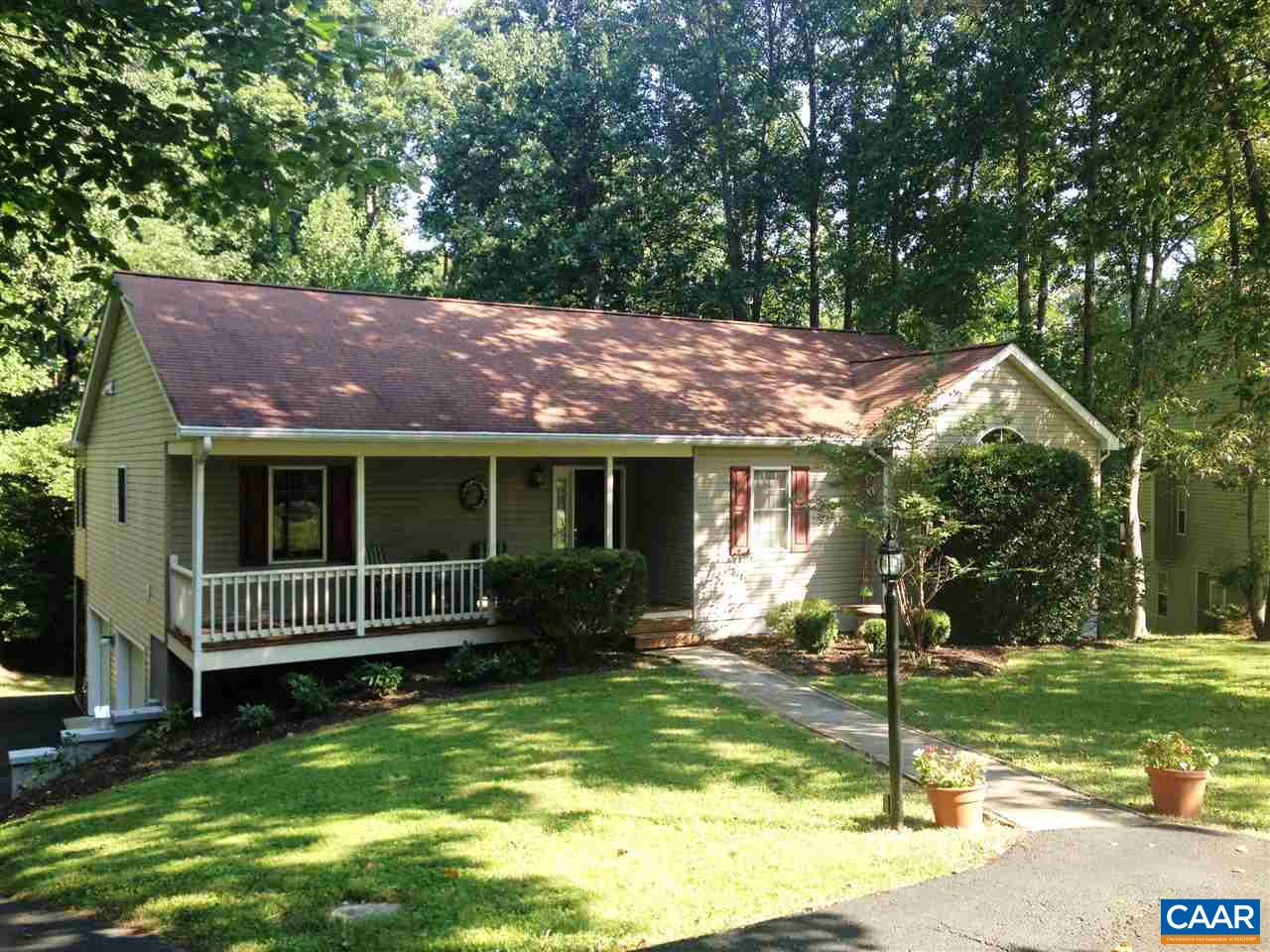 Property for sale at 5 OAK GROVE RD, Palmyra,  VA 22963