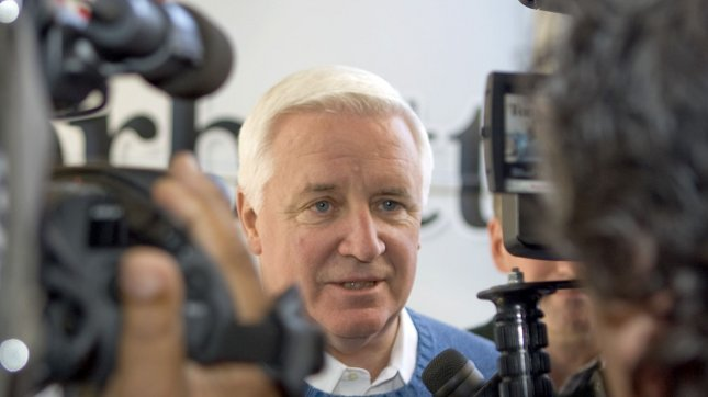 Pennsylvania Gov Tom Corbett can\u0027t find any Latinos to work for him