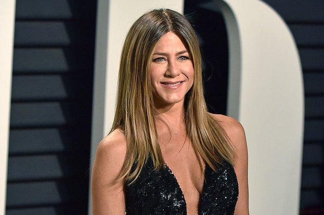 Jennifer Aniston celebrates 49th birthday with Courteney Cox - UPI