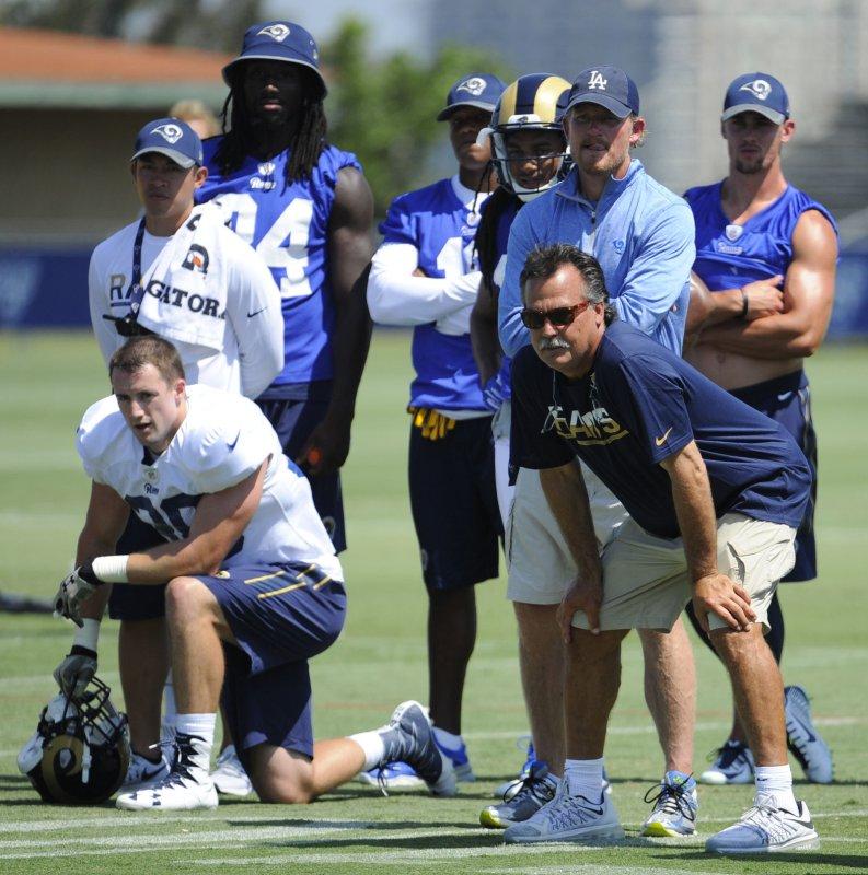 Los Angeles Rams rookies Tyler Higbee outshines Jared Goff - UPI