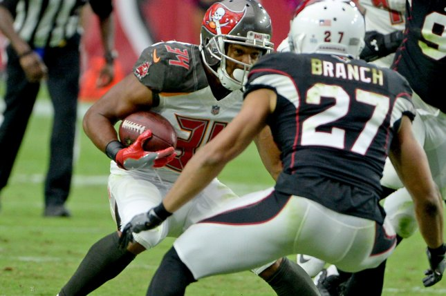 Tampa Bay Buccaneers place RB Charles Sims on injured reserve - UPI