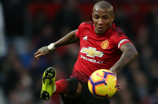 Watch Manchester United39s Ashley Young Nutmegs Gets Top
