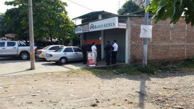 Banco Azteca El Salvador Sucursal Santa Tecla - prestamos empresas del grupo