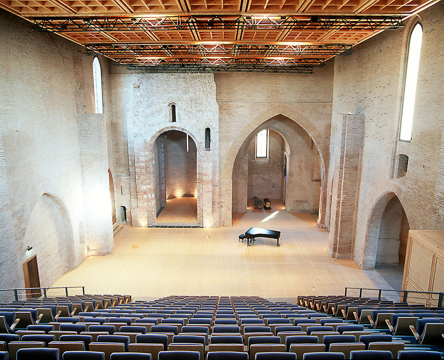 Cusines Auditorium Saint Pierre Des Cuisines Toulouse Theater