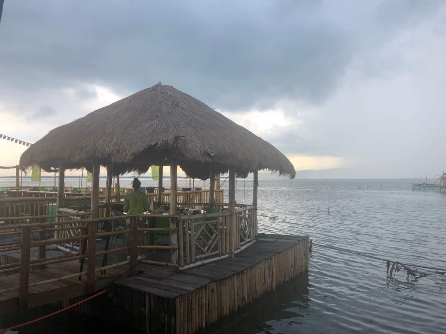 セブ島水上レストラン