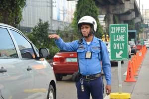 Driving rules in Philippines. Driving with forigen driving license