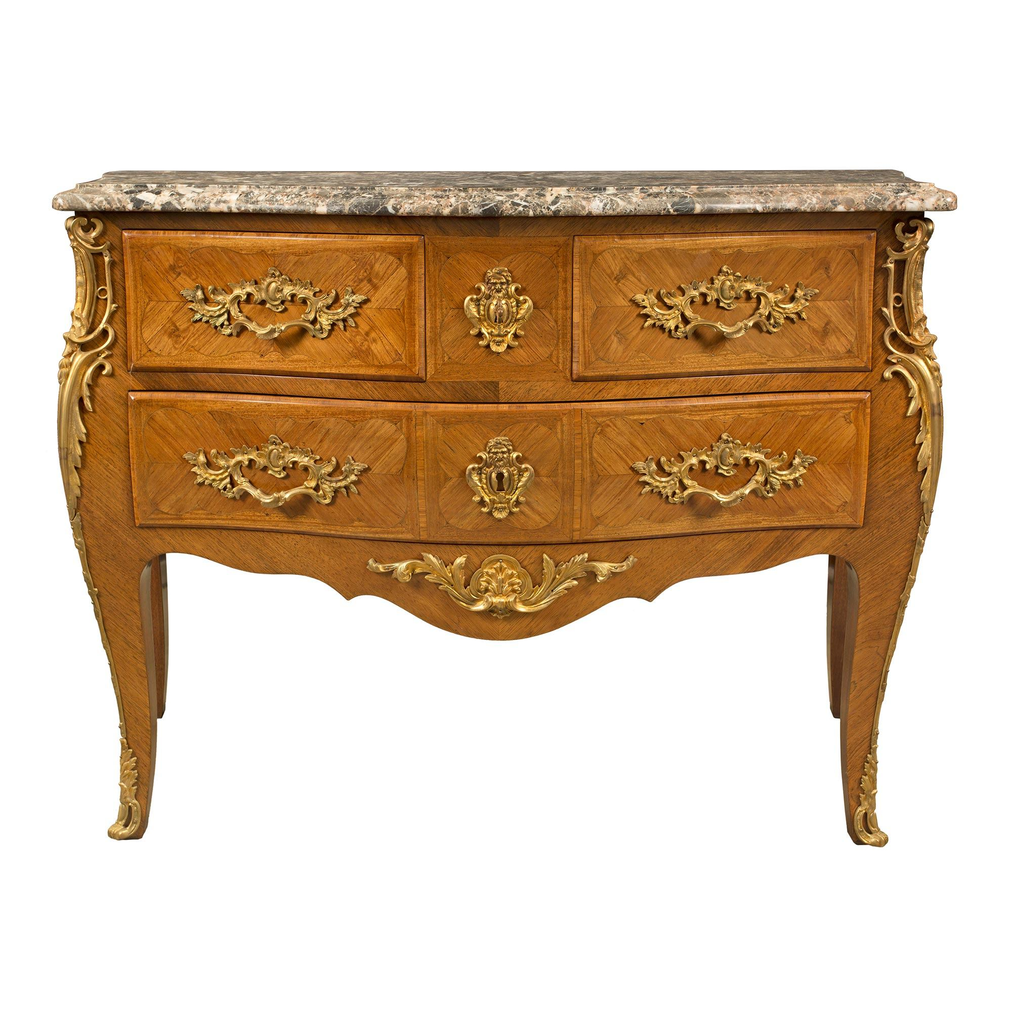 Commodes Louis 15 A French 19th Century Louis Xv St Bombee Commode