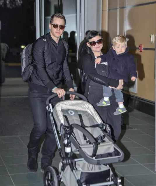 Stroller Mom Reviews Ginnifer Goodwin Family Touch Down In Vancouver Celeb