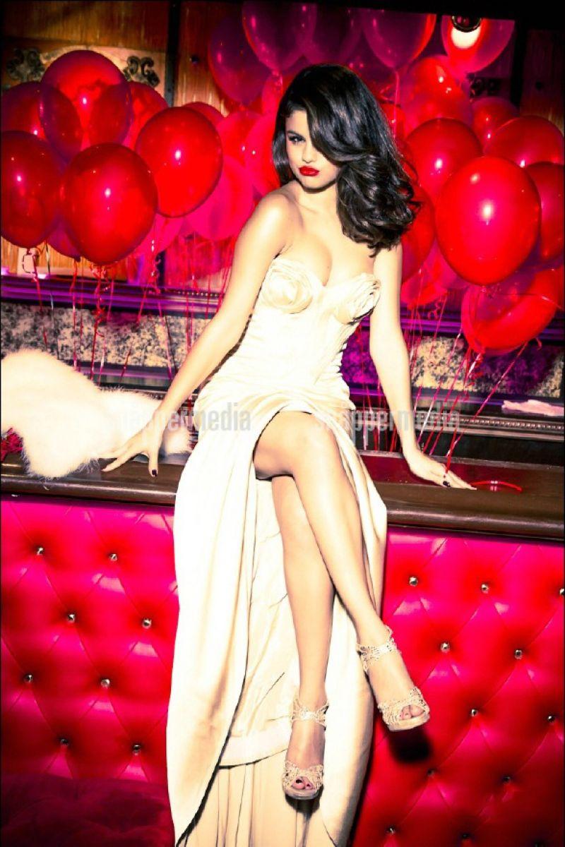 2017 Most Beautiful Girls Wallpaper Selena Gomez Photoshoot For Glamour Magazine