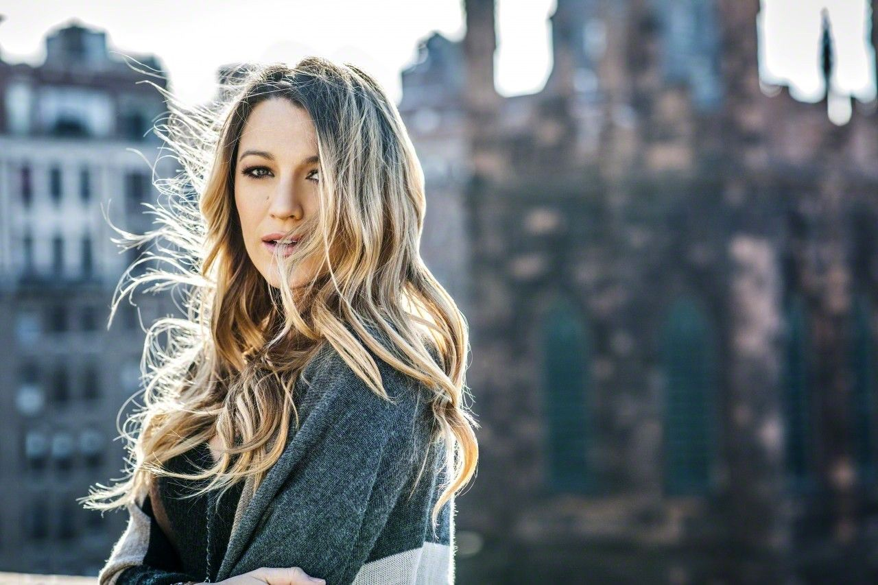 New York Fall Hd Wallpaper Blake Lively Photoshoot For Forbes 30 Under 30 2015 In