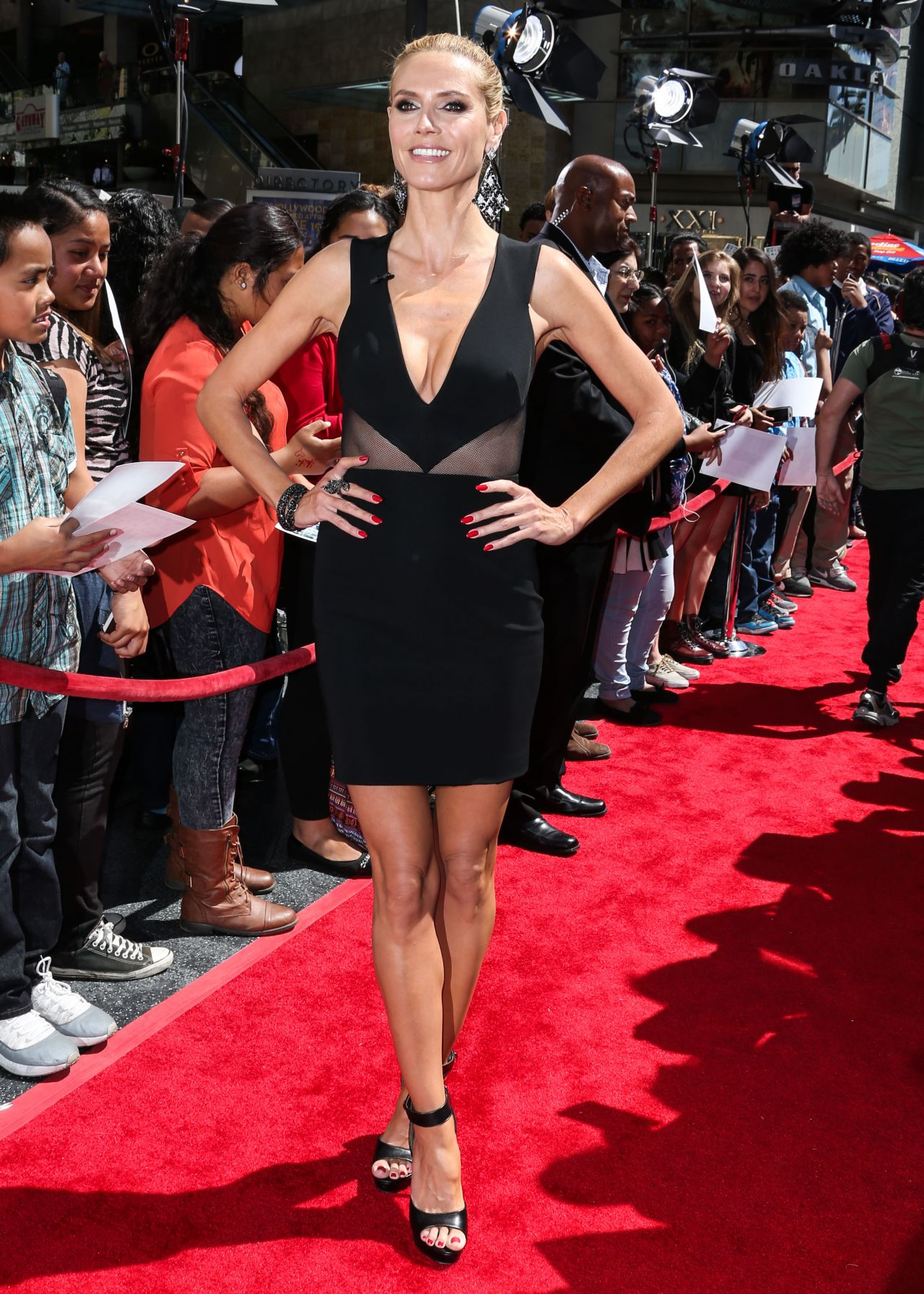 Heidi Klum 39america39s Got Talent39 Season 10 Red Carpet