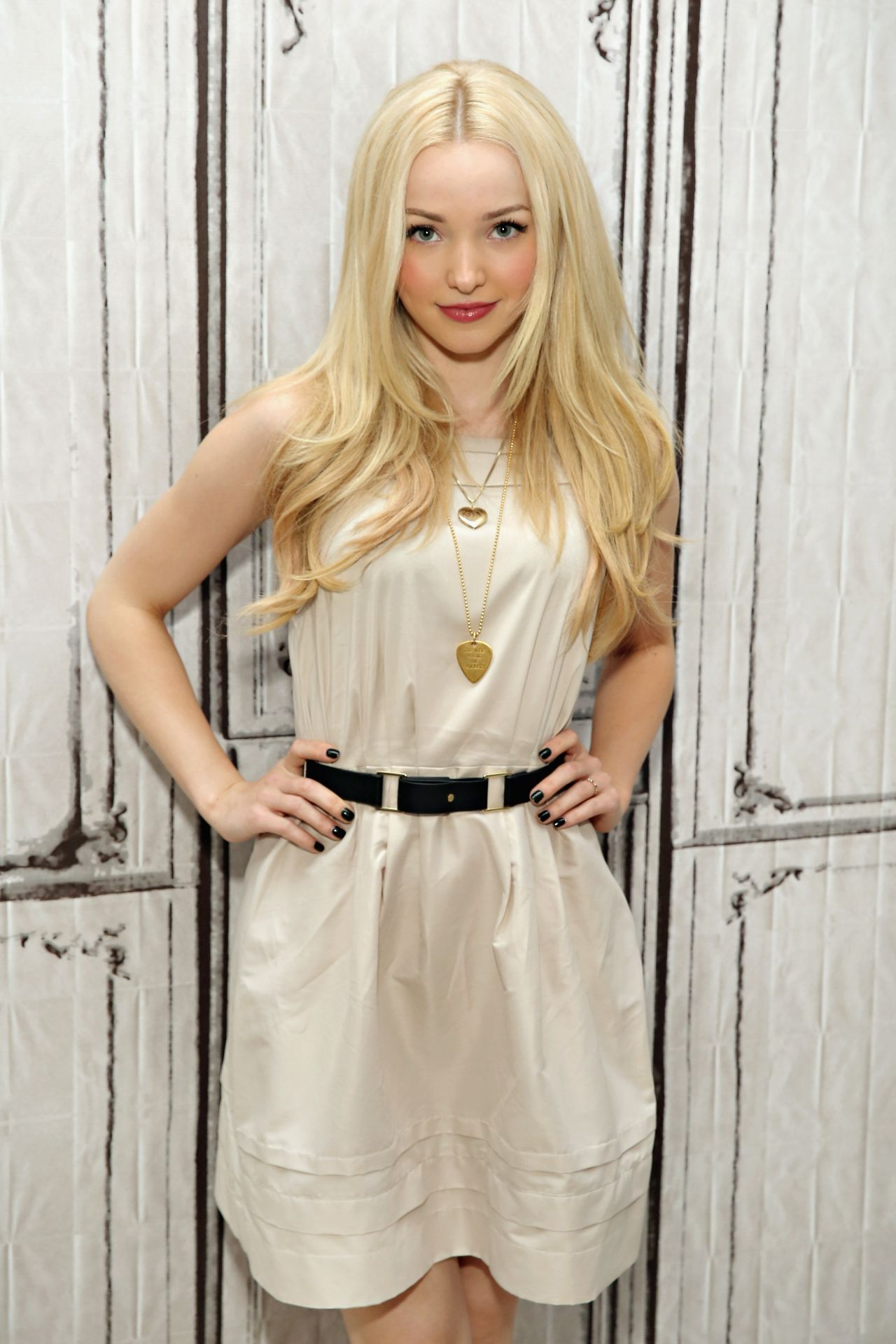 Dove Cameron Aol Build Speaker Series For 39descendants
