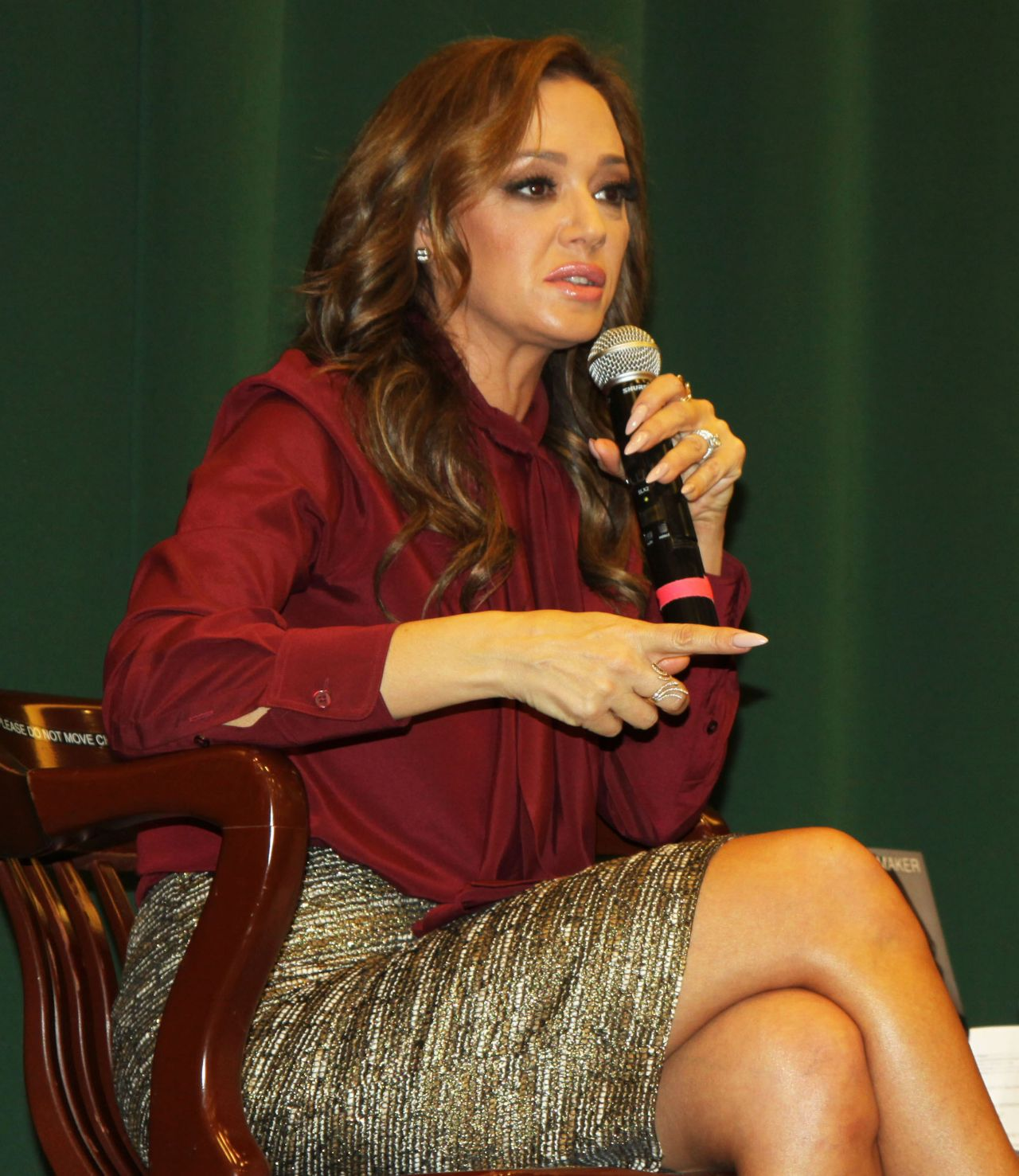 Mafia Girls Wallpaper Leah Remini Troublemaker Surviving Hollywood And