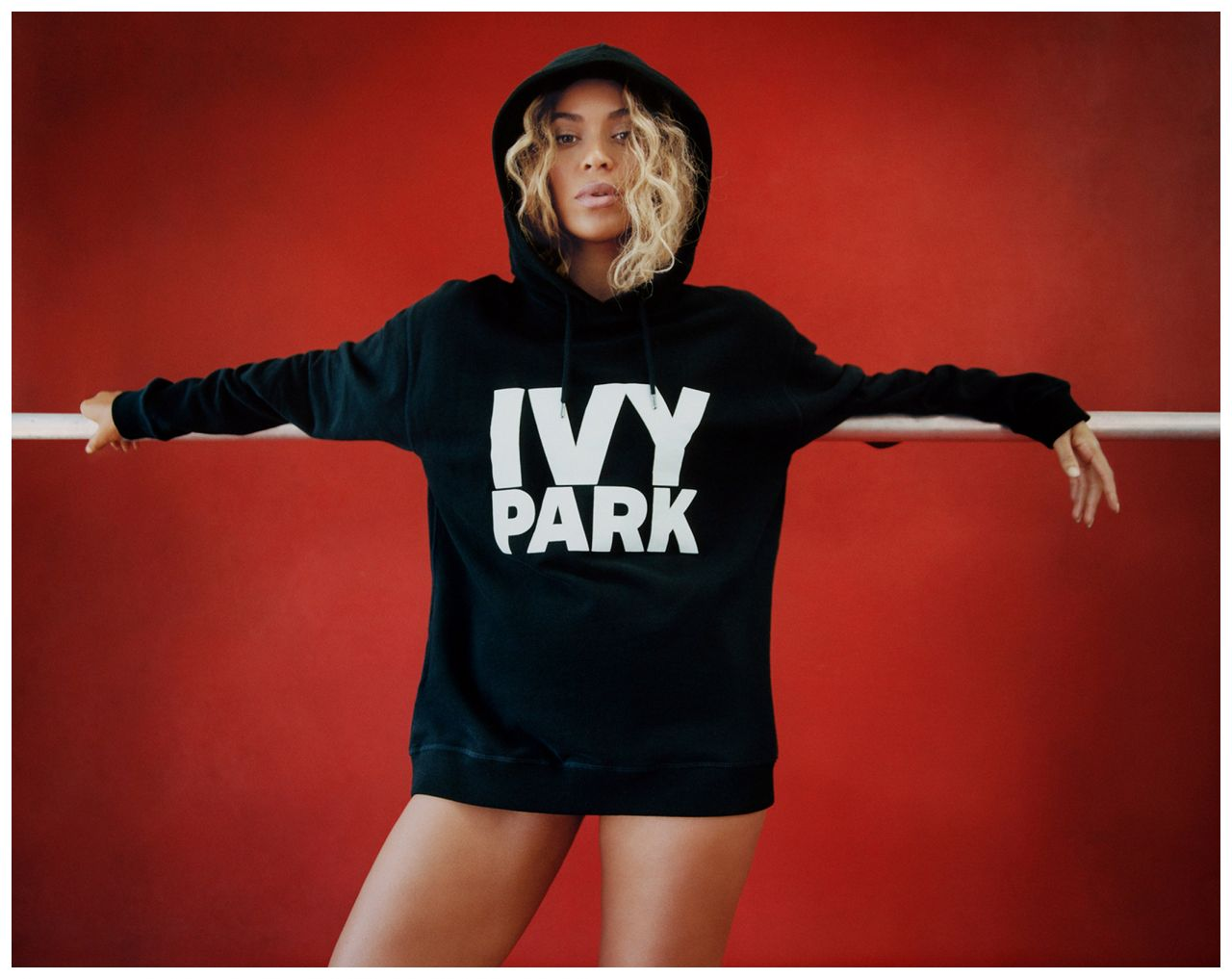 Fall In New York Wallpaper Beyonce Ivy Park Autumn Winter 2016 2017 Collection