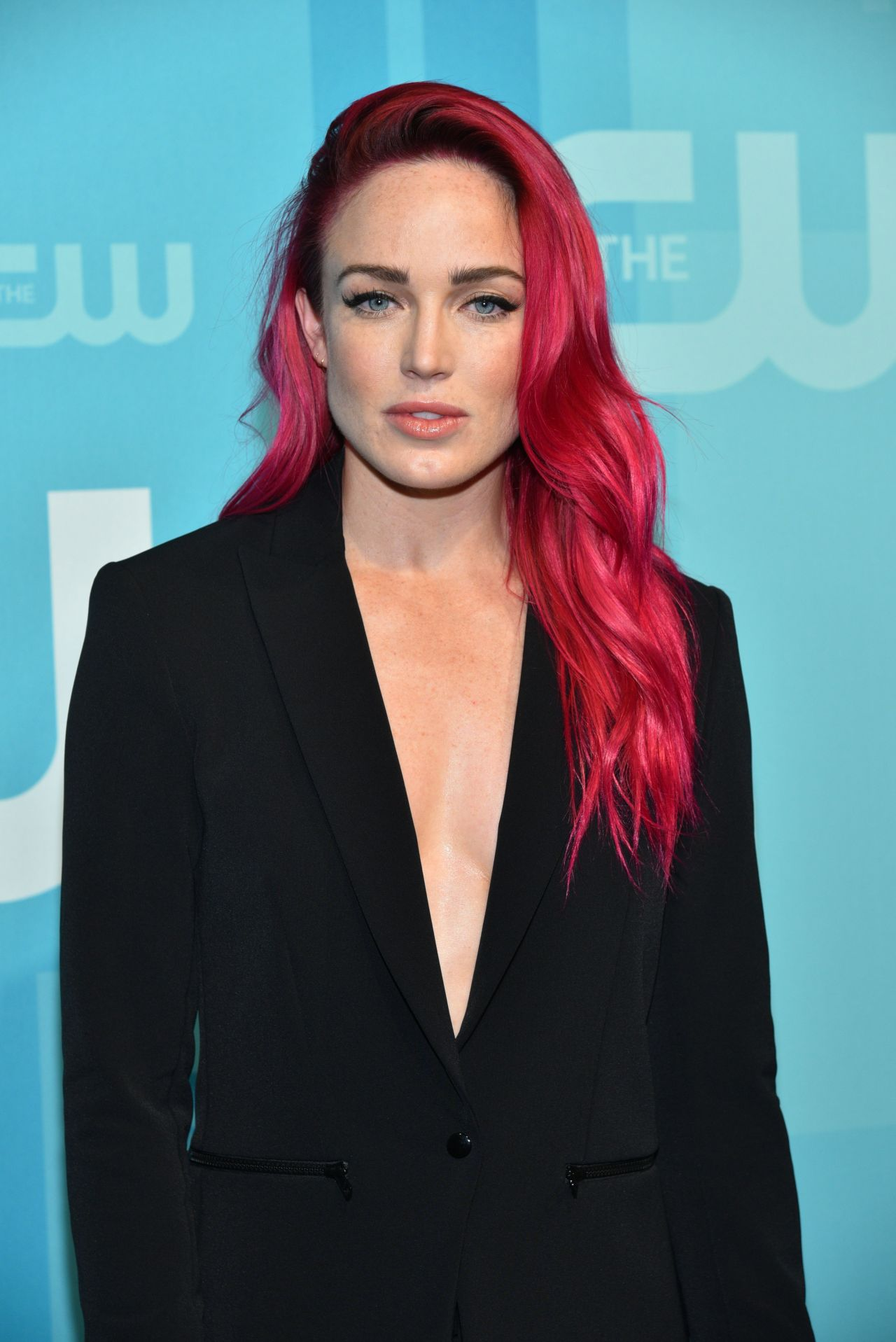 Legends Of The Fall Wallpaper Caity Lotz The Cw Network S Upfront In New York City 05