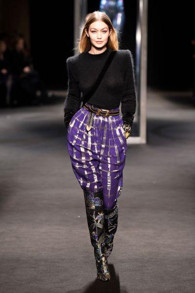 Gigi Hadid Supermodel Runway Walk – Alberta Ferretti Show ...
