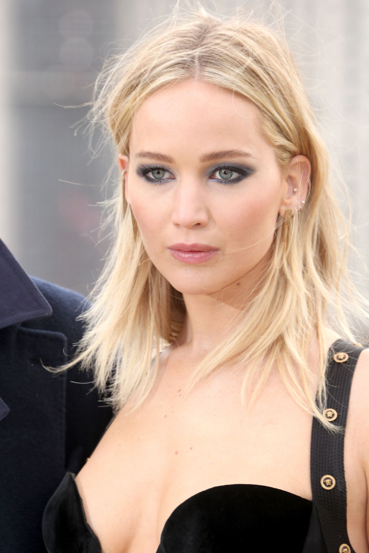 Fall Leave Wallpaper Jennifer Lawrence Quot Red Sparrow Quot Photocall In London