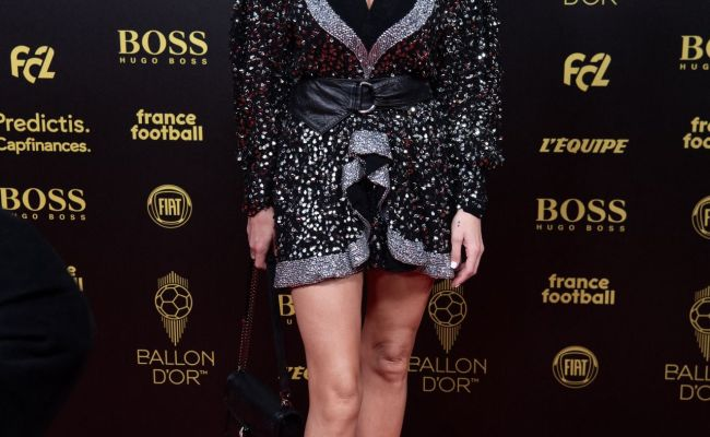 Caroline Receveur Ballon D Or France Football 2019 Award