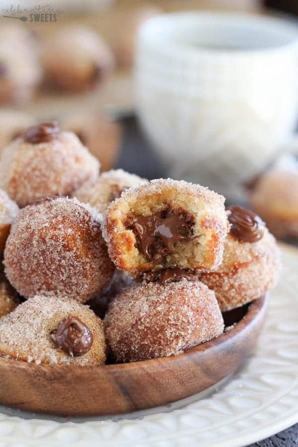 ... nutella stuffed cinnamon sugar donut holes baked vanilla donut holes