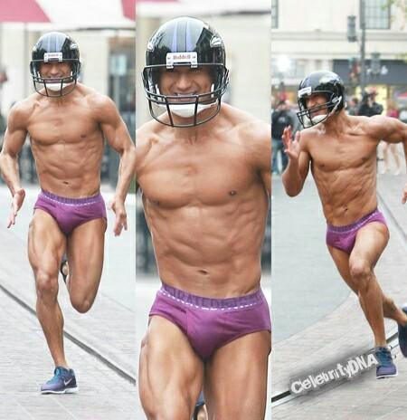 mario lopez in his underwear