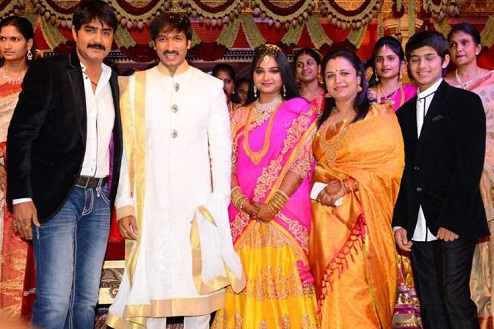 the gallery for gt actor srikanth family photos