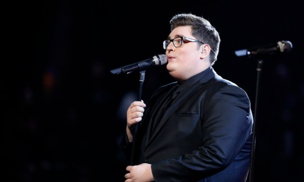 """Jordan Smith Releases """"Something Beautiful"""" Deluxe Edition Today"""