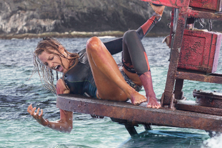 "Blake Lively Battles a Great White Shark in New Movie ""The Shallows"" – Watch Trailer!"