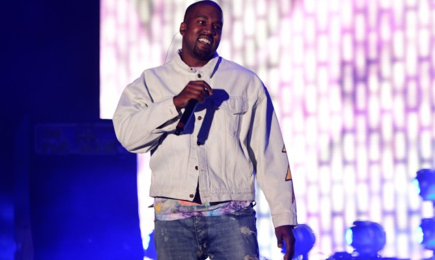 """Kanye West To Unveil Visual for """"Famous"""" at The Forum This Friday"""
