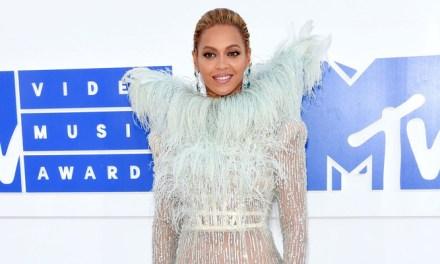 2016 MTV Video Music Awards – White Carpet Arrivals