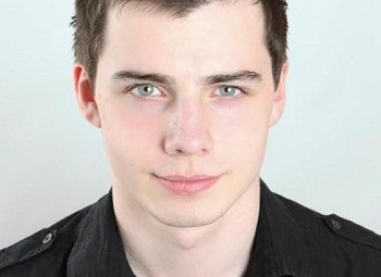 THE BRITISH ARE COMING! ACTOR GUY ADAMS
