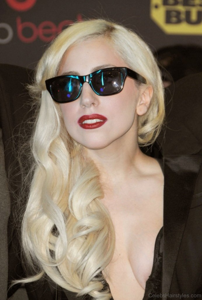 Long Hair Bangs Images 12 Funky Hairstyles Of Lady Gaga