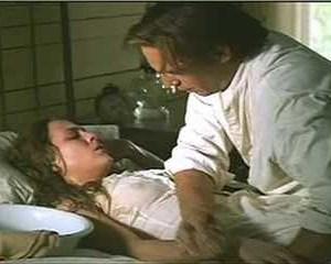 Annabeth Gish in Wyatt Earp