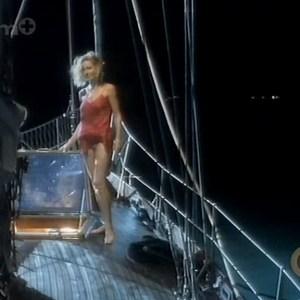 Connie Nielsen in Voyage