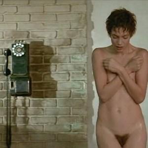 Jane Birkin in Je t'aime moi non plus