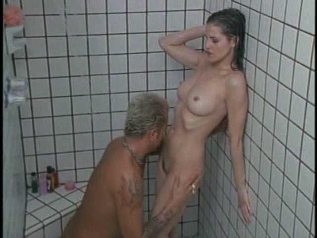 julian wells nude pussy