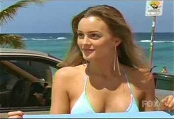 Leighton meester north shore - 3 part 2