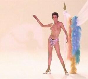 Nieves Navarro AKA Susan Scott in La morte cammina con i tacchi alti