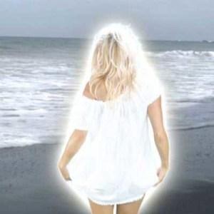 Pamela Anderson in Costa Rican Summer