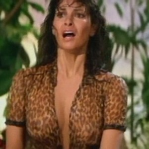 Raquel Welch in L'Animal