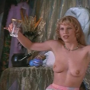 Sammi Davis in Four Rooms