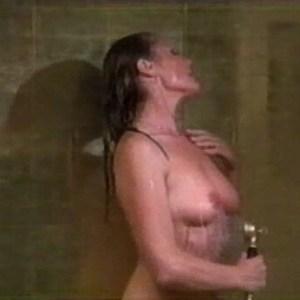Ursula Andress in Doppio delitto