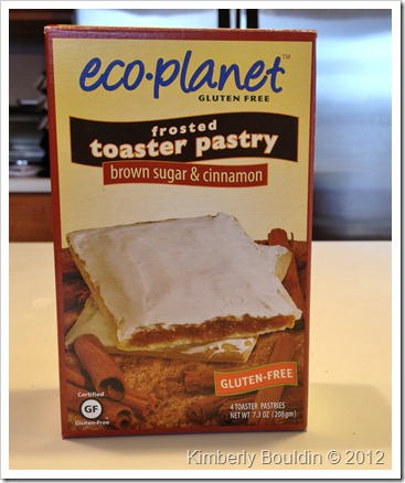 IMG 0831 thumb Review: Eco Planet Toaster Pastries