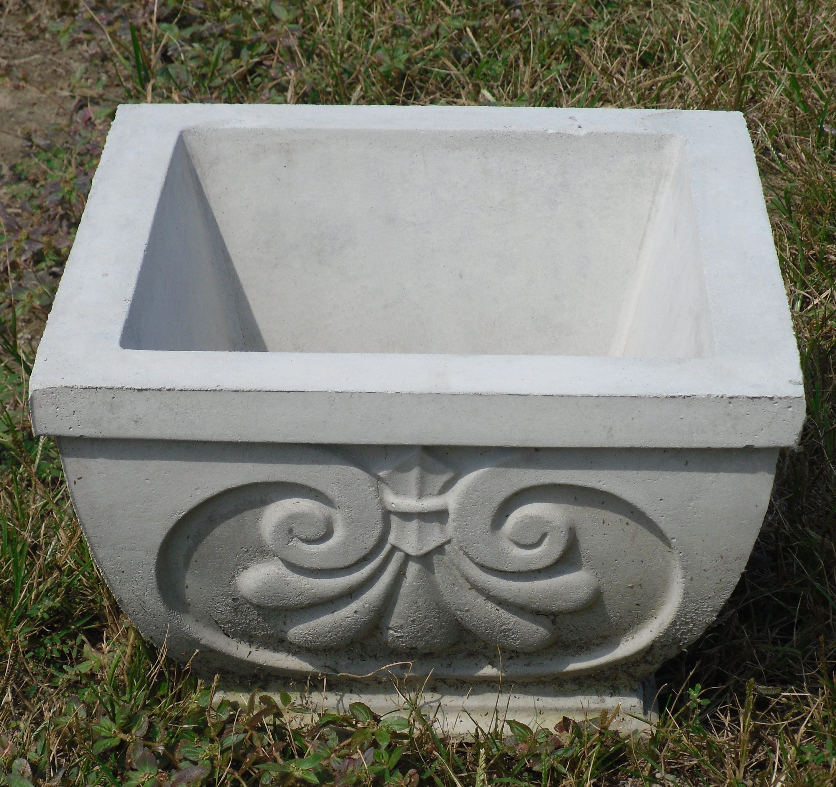 Square Concrete Planter Concrete Planters Patio Planters Outdoor Planters