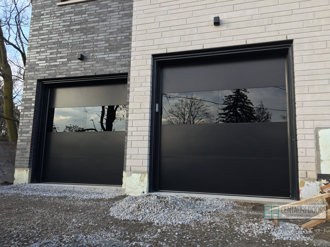 Maple Garage Doors Modern Garage Doors At Maple Ontario