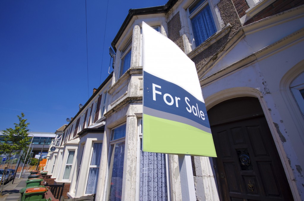 Cheapest London areas central housing group / House prices rebound in June