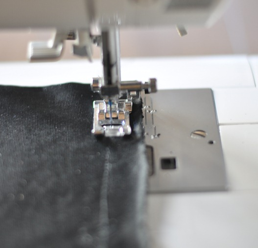sew bottom of bag