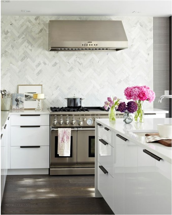 marble chevron tile to ceiling