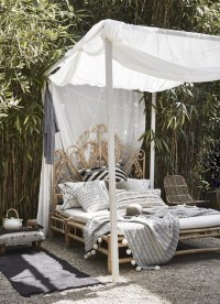 Daydreaming: Outdoor Beds